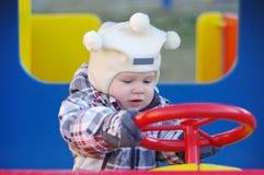 1 roku dziecka napędowy samochód Obrazy Stock