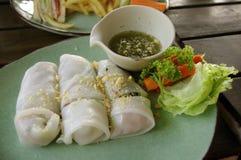 Role o macarronete, alimento asiático, rolo de mola fotografia de stock
