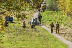 Roleplay - rekonstruktion av striden av världskriget 1941 2 i den Kaluga regionen av Ryssland Royaltyfria Bilder