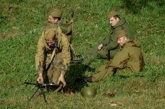 Roleplay - rekonstruktion av striden av världskriget 1941 2 i den Kaluga regionen av Ryssland Arkivfoto
