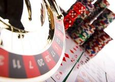 A roleta & lasca dentro o casino Imagem de Stock