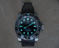 Rolex-Luxusuhr mit superluminova Stockfotos