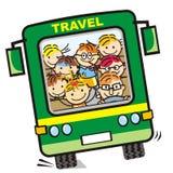 Rolig buss och barn royaltyfri illustrationer