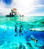 Rolig fartygutfärd för karibiskt hav arkivfoto