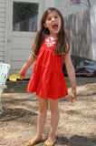 Rolig framsida för ung flicka Royaltyfria Foton