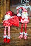 Rolig gnom två i en röd klänning Fotografering för Bildbyråer