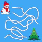 Rolig jul Maze Game: Vektorillustration för nytt år Tecknad filmillustration av banor eller Maze Puzzle Activity Game Ungar som l royaltyfria bilder