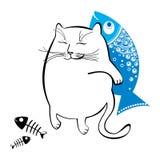 Rolig katt med fisken Serie av komiska katter Royaltyfri Foto