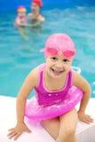 Rolig liten simmare Arkivbilder