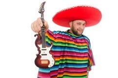 Rolig mexikan med gitarren som isoleras på viten fotografering för bildbyråer