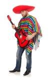 Rolig mexikan med gitarren som isoleras på viten royaltyfri bild