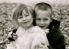 rolig sibling Royaltyfria Bilder