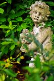 rolig trädgårds- staty för koblomkruka Royaltyfri Fotografi