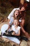 Roliga cowgirlar Royaltyfria Bilder