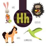 Roliga djura bokstäver av alfabetet för utvecklingen och lära av förskole- barn Uppsättning av den gulliga skogen, hemhjälpen och Royaltyfri Bild