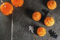 Roliga muffin för allhelgonaafton Royaltyfri Fotografi