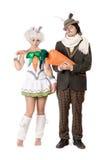 Roliga par som kläs som kaniner Royaltyfria Foton