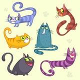 Roliga tecknad film- och vektorkatttecken Vektoruppsättning av färgrika katter Katten föder upp den gulliga samlingen för det äls stock illustrationer