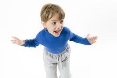 Roligt ropa för pojke Arkivbild