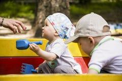 Roligt spela för unge Royaltyfri Fotografi