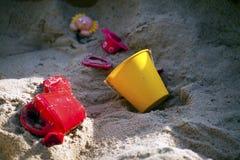Roligt Tid för ungelekplats ställe Fotografering för Bildbyråer