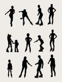Rolkowe aktywności i sporta sylwetki Zdjęcia Stock