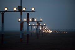 Rollbahn eines Flughafens Lizenzfreie Stockfotografie