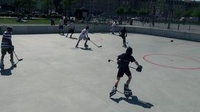 Rolle in der Linie Hockey stock footage