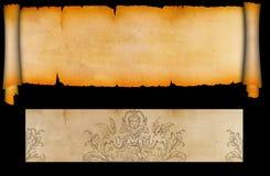 Rolle und Blatt des alten Papiers. Stockfotografie