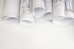 Rollen von Architekturzeichnungen lizenzfreies stockfoto