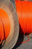 Rollendes schnelles Internet heraus. Breitbandzugang durch Faser. lizenzfreies stockbild