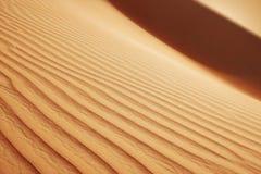 RollenSanddünen der arabischen Wüste Stockbilder