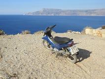 Roller auf der Küste Lizenzfreie Stockfotografie