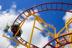 Roller coaster con el carro Fotografía de archivo libre de regalías
