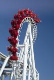 Roller coaster d'attaccatura invertito Fotografia Stock