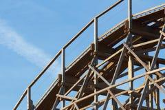 Roller coaster de madeira Imagens de Stock Royalty Free