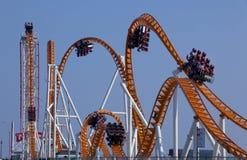 Roller coaster moderno Foto de archivo