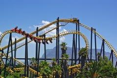 Roller coaster in parco di divertimenti in Sudafrica fotografie stock libere da diritti