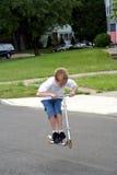 Roller-Junge in einer Luft Lizenzfreie Stockfotos
