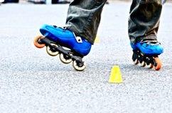 rollerblade на улице стоковые фото