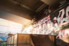 Rollerblader i luften Fotografering för Bildbyråer