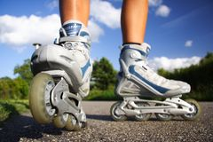 Rollerblades/en ligne patins Photos libres de droits