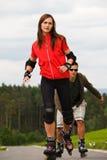 Rollerblades pour deux Image libre de droits