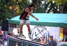 Rollerblading в парке конька Стоковое Изображение RF