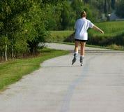Rollerblading per l'esercitazione Fotografia Stock