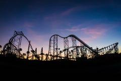 Rollercoaster στο ηλιοβασίλεμα Στοκ Εικόνες