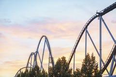 Rollercoaster στο πάρκο της Ευρώπης Στοκ φωτογραφία με δικαίωμα ελεύθερης χρήσης