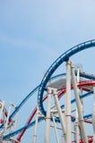 Rollercoaster i parkera på singapore royaltyfri foto