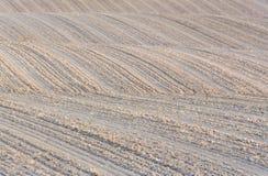 Rolling Hills di suolo di recente lavorato e pronto per l'agricoltura fotografia stock libera da diritti