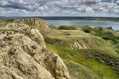Rolling Hills sjö Diefenbaker Arkivfoto